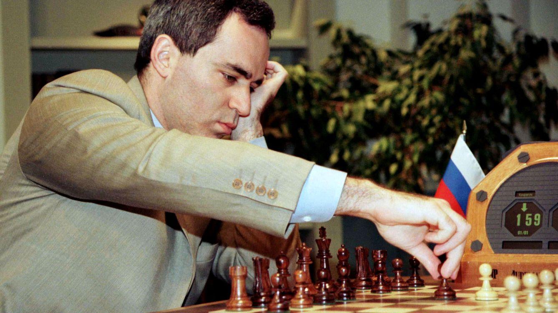 El día que un ordenador derrotó a Kasparov: 25 años del 'milagro' de Deep Blue