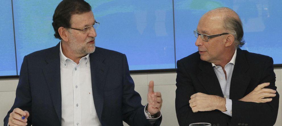 Rajoy anuncia que habrá una reducción inmediata en las retenciones de autónomos