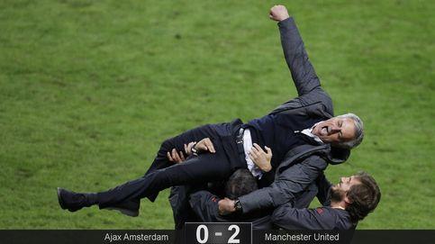 Para Mourinho, del fracaso al éxito hay una Europa League, 3º título en el United