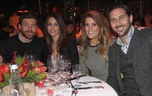 Xabi Alonso, Guardiola y la prole de Reina, en la fiesta del Bayern
