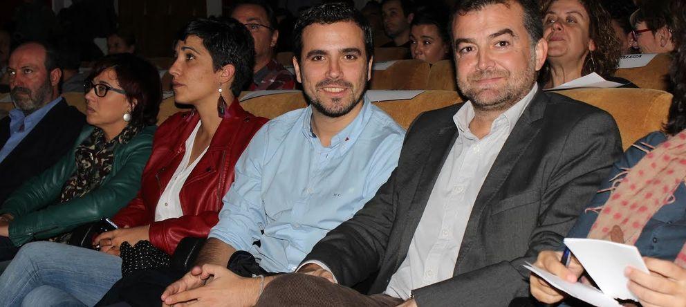 Foto: El diputado de IU Alberto Garzón y el  el coordinador andaluz del partido, Antonio Maíllo. (Jesús Angulo)