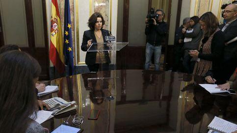 La vicepresidenta se desmarca de la redada y sigue la operación diálogo con inversiones