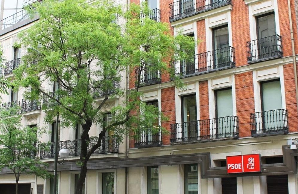Foto: La sede federal del PSOE, en el número 70 de la madrileña calle de Ferraz. (Google)