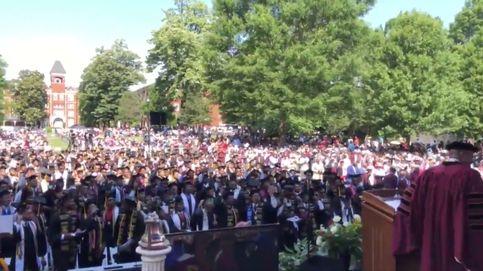Un millonario pagará los estudios a toda una generación de universitarios
