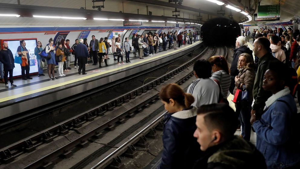 La guerra eterna de los maquinistas de Metro: solo 300 (de 1.760) votaron la huelga