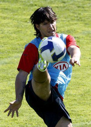 El agente de Agüero está en Milán para encontrarse con Moratti, según la prensa italiana