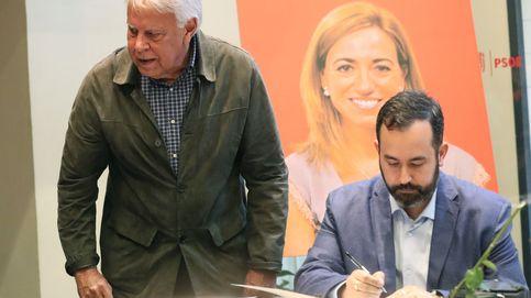 Zapatero, Cospedal, José Bono, Cifuentes... llegan a la capilla ardiente de Carme Chacón