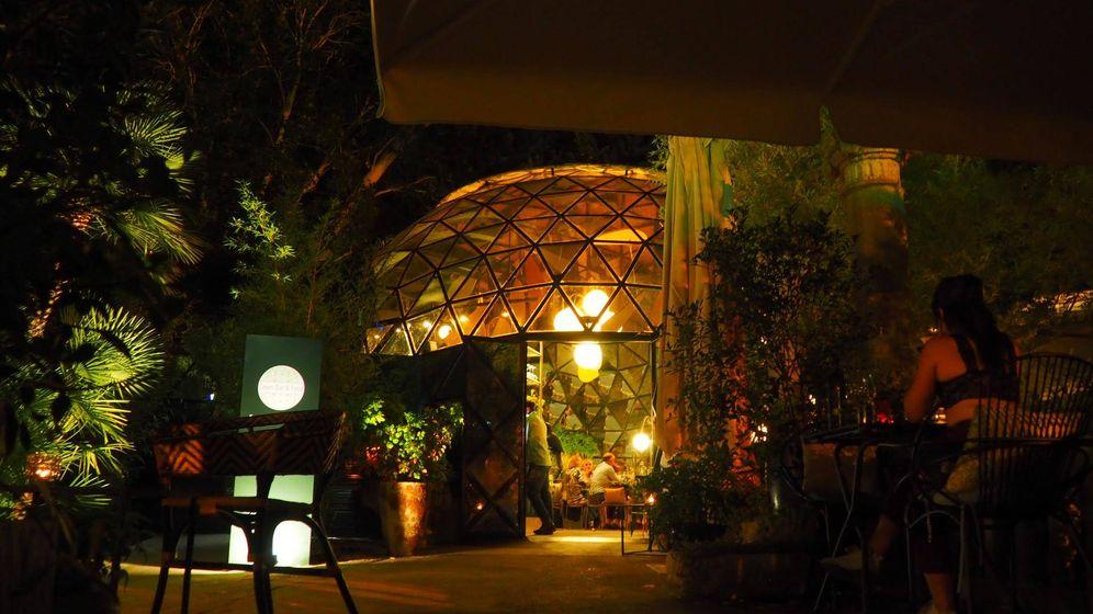 Foto: Imagen nocturna de La Cúpula de Los Peñotes.
