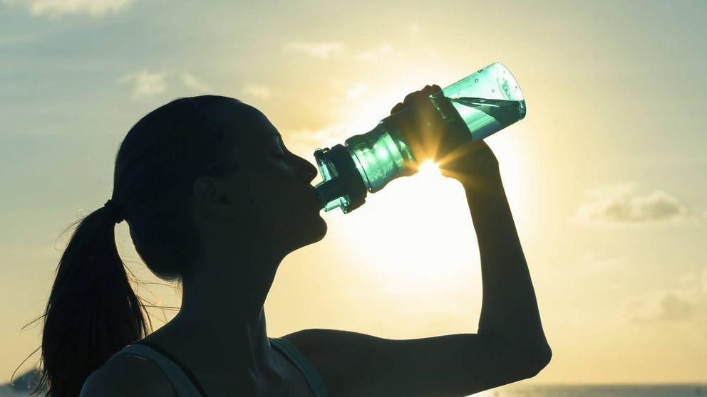 Beber agua puede acelerar tu metabolismo para ayudarte a adelgazar más