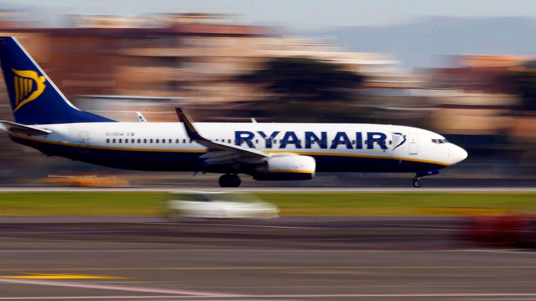 Así hace saltar por los aires un grupo de amigos la explotación laboral en Ryanair