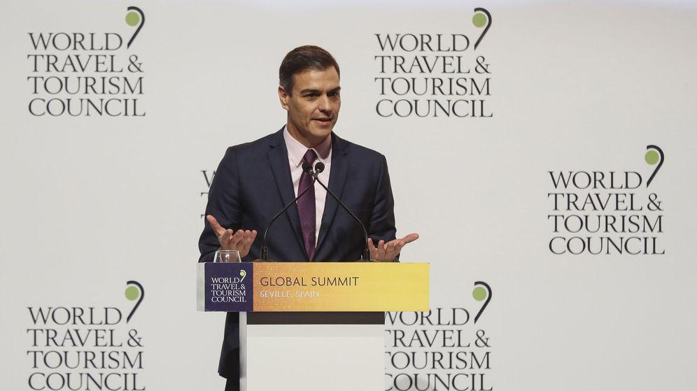 Foto: El presidente del Gobierno, Pedro Sánchez, interviene durante la inauguración del WTTC. (EFE)