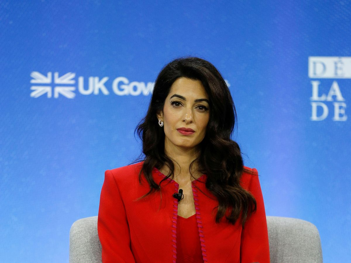 Foto: Amal Clooney, durante una conferencia en Londres. (Reuters)