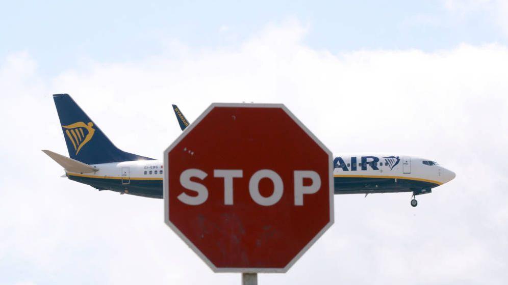 Foto: Un avión de Ryanair aterriza en el aeropuerto de El Prat. (Reuters)