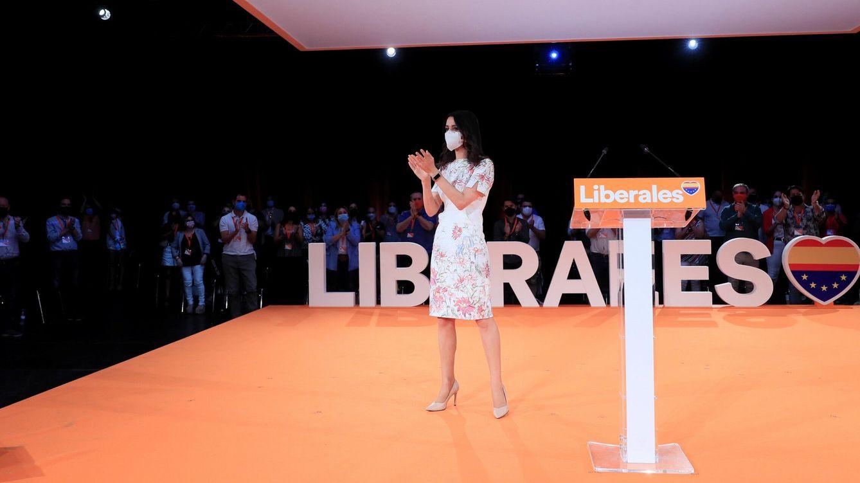 Foto:  Inés Arrimadas tras su intervención este domingo en Madrid en la clausura de la primera Convención política de Ciudadanos. (EFE)