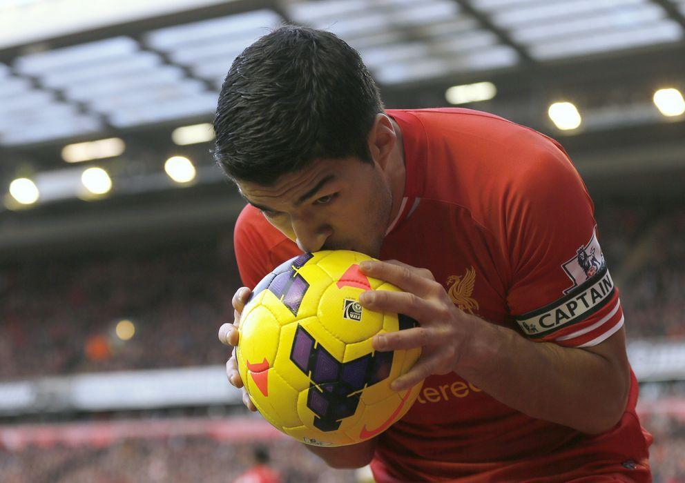 Foto: El uruguayo Luis Suárez celebra un gol con el Liverpool.