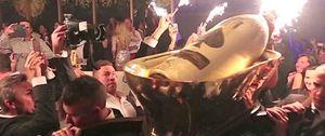 Foto: Nada de gin-tonics a 3,5 euros, mejor una botella de champán que cueste 386.000