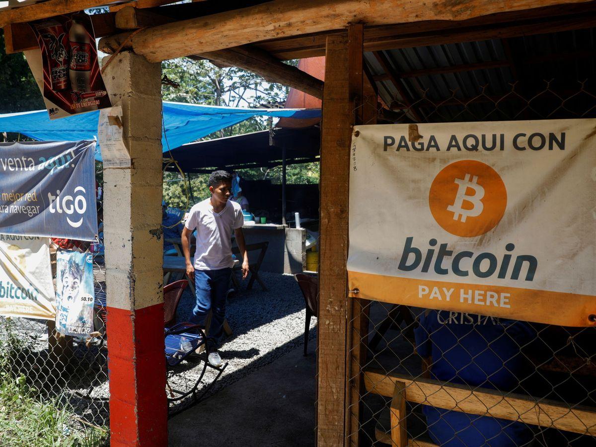 Foto: El Salvador aprueba el uso de bitcoin