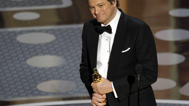 Colin Firth recoge el Oscar a mejor actor (Reuters)