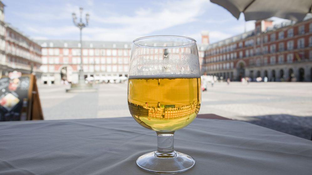 Foto: Una copa de cerveza. (Corbis)