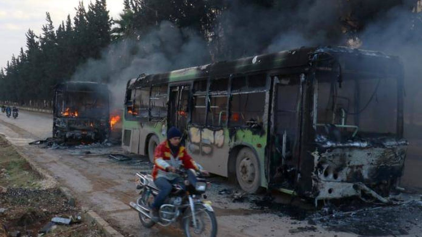 Guerra en Siria: Se reanuda el proceso de evacuación de civiles en ...