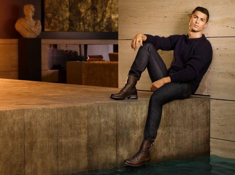 Foto: Cristiano Ronaldo, en una imagen de campaña de su línea de zapatos CR7.