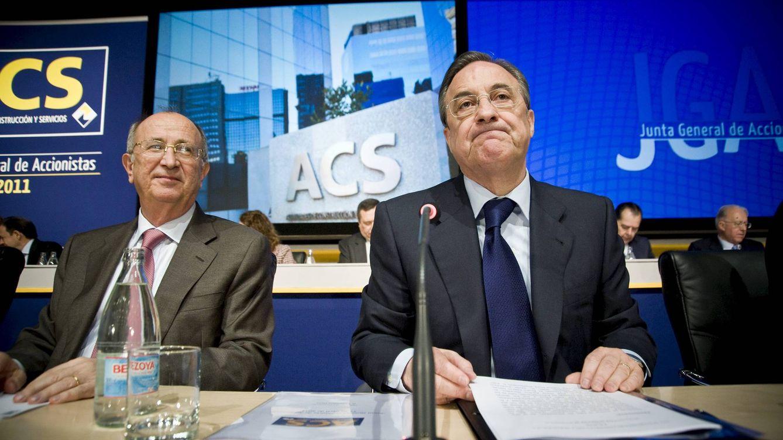 Foto: El presidente de ACS, Florentino Pérez (d), junto al vicepresidente de la empresa, Pablo Vallbona. (EFE)