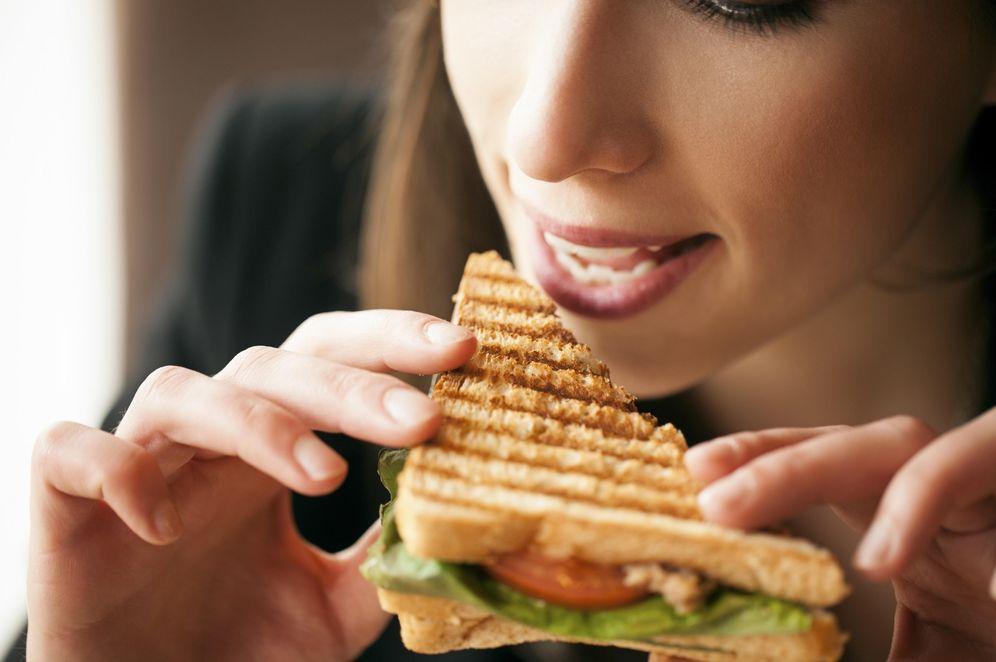Foto: La combinación de determinados alimentos puede hacernos engordar de lo lindo. (Corbis)