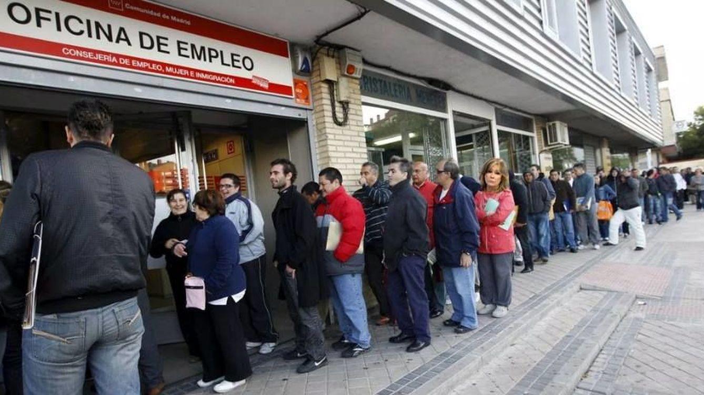 El paro cayó en 1.836 personas en noviembre pero la creación de empleo se ralentiza