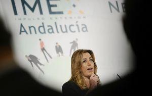 Díaz abona el adelanto y será la primera en medirse a Podemos