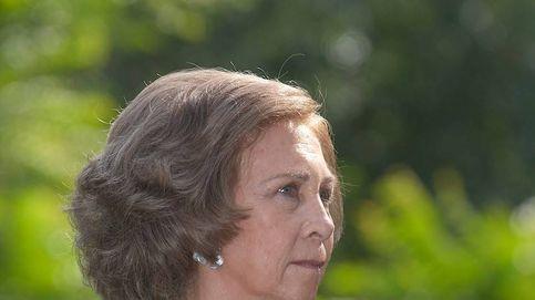 Doña Sofía en Mallorca, día 2: ahora de inauguración con su hermana Irene