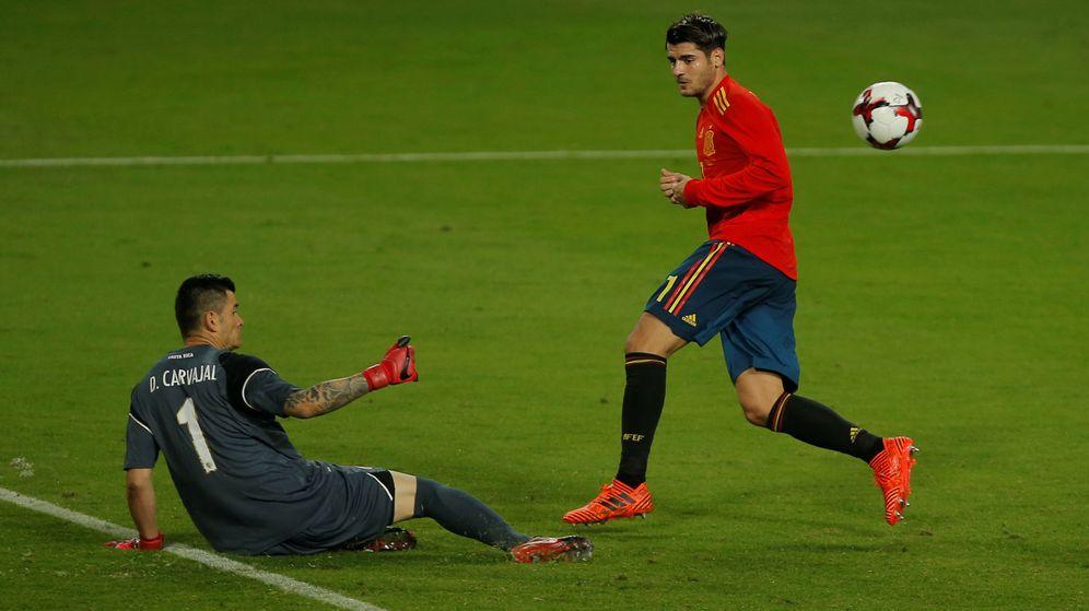Por Qué Se Juega Al Fútbol Con 11 Jugadores Por Equipo: Selección Española De Fútbol: Morata O La Felicidad Del