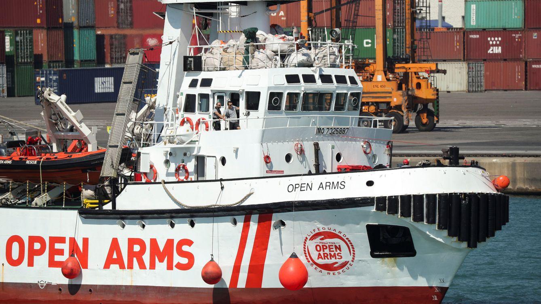 Foto: La llegada del barco de la ONG Open Arms al puerto de Barcelona, en imágenes