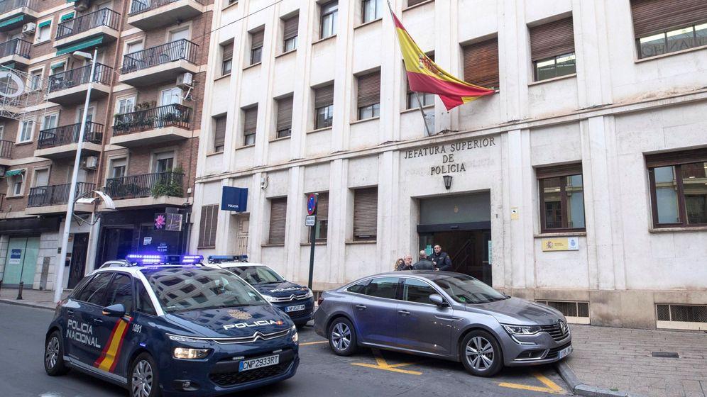Foto: Sede de la Jefatura Superior de la Policía Nacional en Murcia. (EFE)