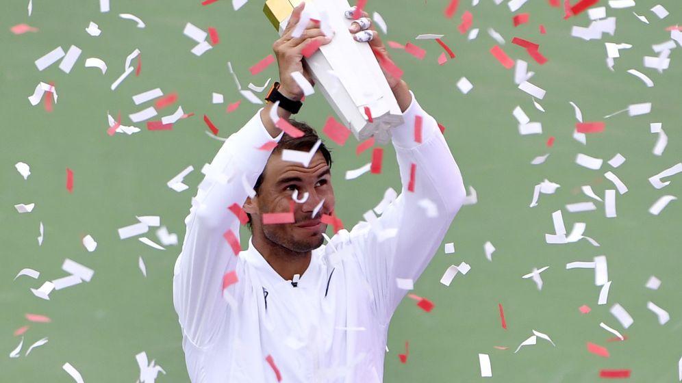 Foto: Rafa Nadal levantando la 'Rogers Cup' de Montreal. (Foto: Eric Bolte-USA TODAY)