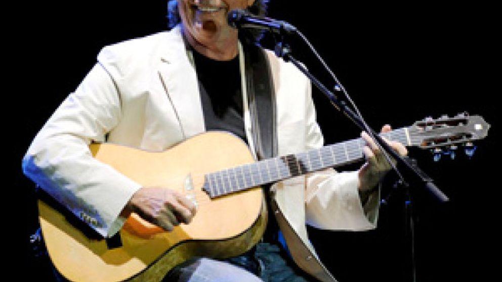 Joan Manuel Serrat, primer Premio Nacional de las Músicas Actuales