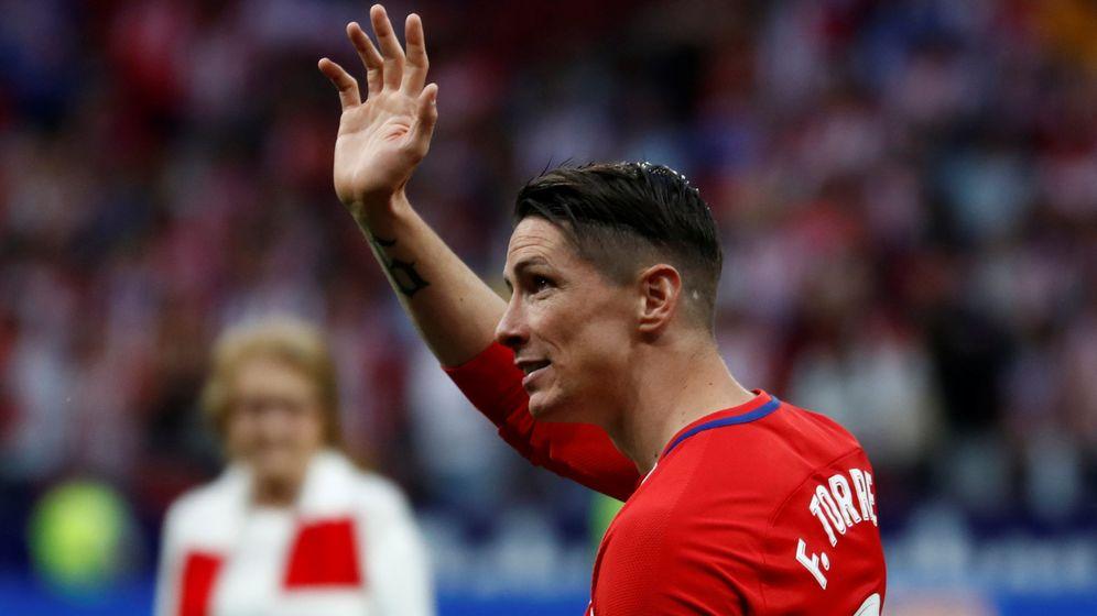 Foto: Fernando Torres, en el día de su despedida como jugador del Atlético de Madrid en el Metropolitano. (Reuters)