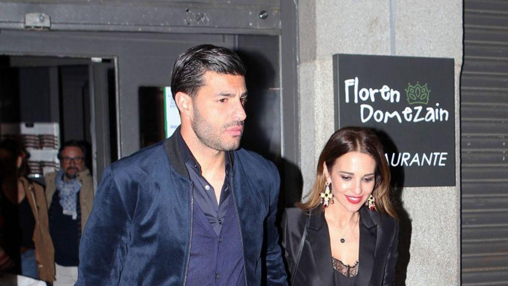 Foto: Miguel Torres y Paula Echevarría, saliendo de un restaurante. (Gtres)