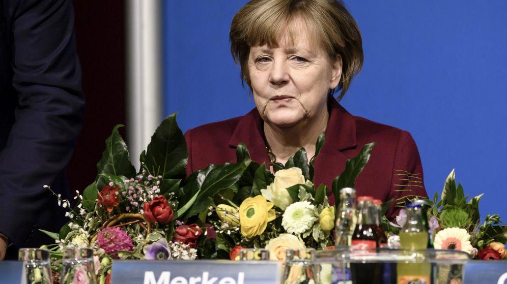 Foto: La canciller alemana Angela Merkel, en una conferencia de su partido. (EFE)