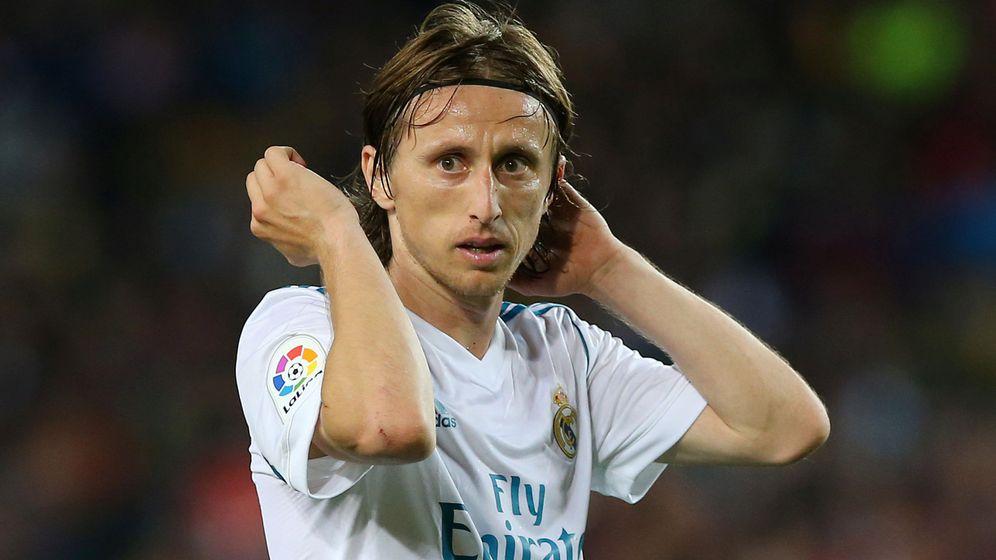 Foto: Luka Modric tiene una oferta del Inter de Milán, pero Florentino se remite a su cláusula: 750 millones. (Reuters)