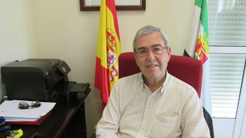 El alcalde que iba para un ratito y lleva 40 años al frente de un Ayuntamiento