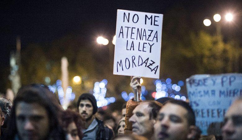 Foto: Participantes en la manifestación 'Rodea el Congreso' celebrada el 14 de diciembre (EFE)