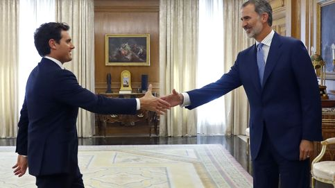 Rivera traslada al Rey que hay tiempo para el acuerdo si Sánchez acepta sus condiciones