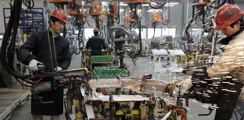Fábrica de automóviles en China. (Reuters)