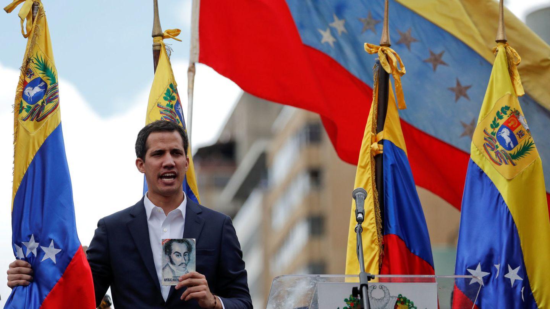 Juan Guaidó, durante su autoproclamación, el 23 de enero de 2019. (Reuters)