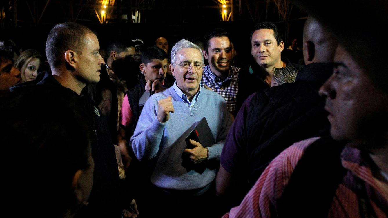 Uribe no acude a la reunión convocada por Santos con los líderes políticos