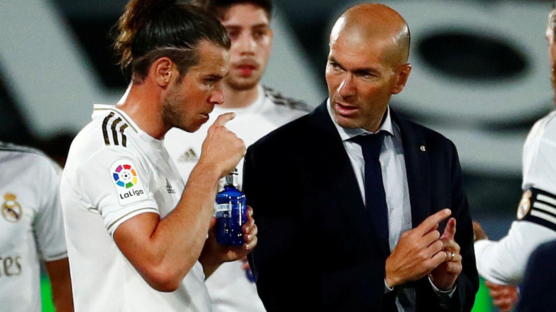 Bale y Zidane, en una imagen de archivo. (Reuters)