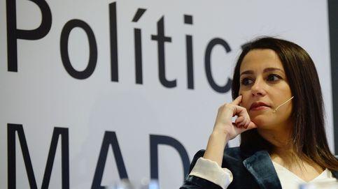 Arrimadas desafía la maldición de las primarias de Soraya y Susana Díaz