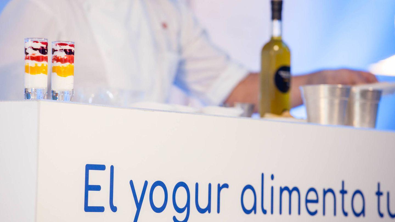 Exhibición de cocina en directo de recetas fáciles y apetitosas con yogur. (Jorge Álvaro)