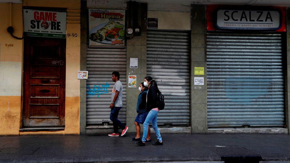 Foto: Tiendas cerradas. (EFE)