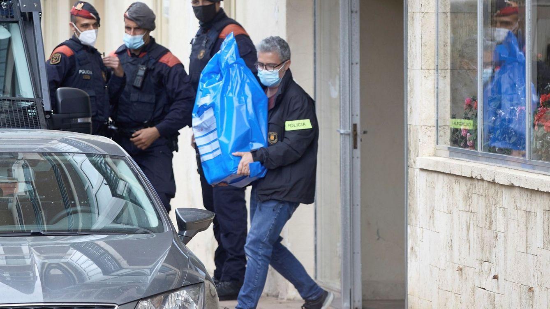 Cae en Cataluña una red que falsificó 1.800 carnés de conducir: al menos 300 detenidos